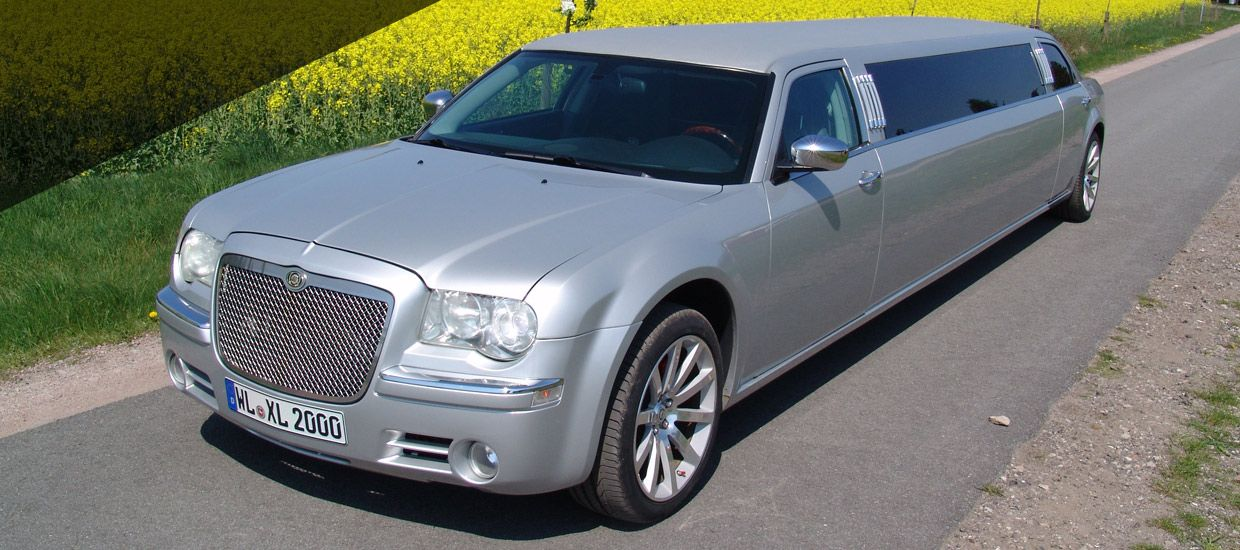 Chrysler 300 C Hemi in silber
